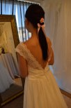 807 special Brudklänning i mjuk spets och öppen rygg
