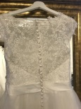 702 Kort Brudklänning i spets och tyll
