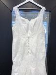M119 spetsklänning med axelband