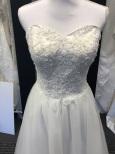 P14special Prinsessklänning, tub med glitter, spets och tyllkjol