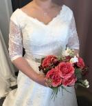 S5a Brudklänning i mjuk spets med ärmar