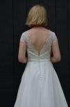 Brudklänning med fantastisk spetstopp och chiffongkjol