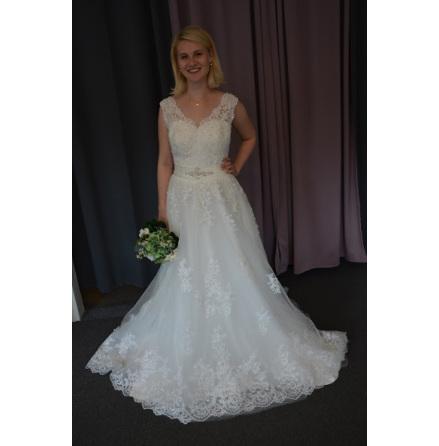 Prinsessklänning, brudklänning med glitter och spets