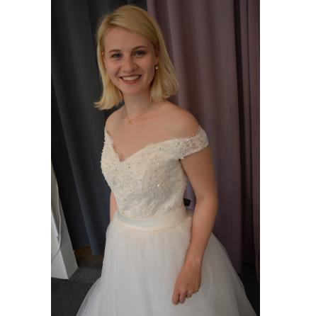 Prinsessklänning, brudklänning med off sholuder