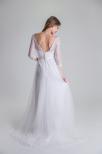 650 Brudklänning med arm i spets och tyllkjol